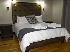 New Rush Guesthouse - New Rush Guest House is offering accommodation in Kimberley. Around 50 m from Kimberley Mine Museum, the property is also close to The Big Hole. Kimberley Big Hole Museum is a walk away.All rooms . Fields, Museum, Rooms, Diamond, Big, House, Furniture, Home Decor, Bedrooms