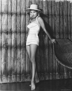 Susan Oliver was in the first Star Trek TV pilot, The Cage. Golden Age Of Hollywood, Vintage Hollywood, Classic Hollywood, Susan Oliver, Susan Hayward, Star Trek Tv, Classic Actresses, One Star, Sophia Loren
