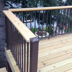 Whether renovating your family's beloved outdoor space or freshly building the deck of your dreams, gain everything you need for a complete deck railing section with the AFCO Pro Level Railing Kit. With a timeless look and a solid, true aluminum build, th Deck Railing Kits, Metal Deck Railing, Deck Balusters, Hand Railing, Patio Stairs, Aluminum Decking, Deck Lighting, Old Houses, Backyard
