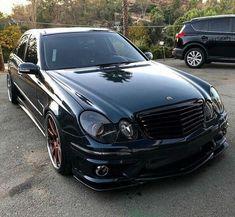 Mercedes E55 AMG W211