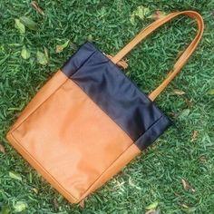 cartera-carteras-carteras de cuero-carteras de moda- carteras Peru-carteras Lima- carteras en oferta-handbags-bags-fashion bags-leather bags-PLUMSHOPONLINE.COM - Con que combinarias esta cartera? Pepa AHORA con DESCUENTO en la tienda online de Plum: http://ift.tt/2vCt98Z