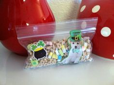 St Patty's snack pack of Lucky Charms cereal, in ziploc snack bag, and decorated with stickers!
