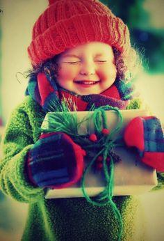 The Christmas joy of children . So Cute Baby, Baby Kind, Cute Kids, Cute Babies, Little People, Little Ones, Little Girls, Precious Children, Beautiful Children