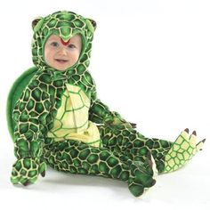 This Turtle Costume is perfect for lil' ones on the go, but at their own pace. Costume kit includes an adorable jumpsuit with attached feet and mitts, plus a hood. Size Months has attached footies (covering soles of feet). Best Toddler Halloween Costumes, Funny Baby Costumes, Toddler Costumes, Baby Halloween, Halloween Parties, Baby Turtle Costume, Turtle Costumes, Baby Turtles, Turtle Baby