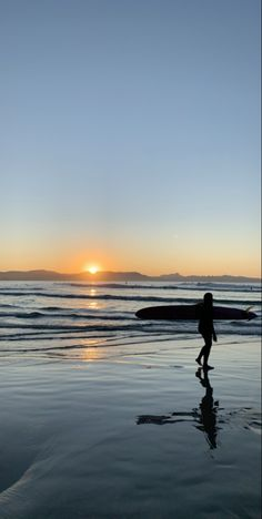 Beach Aesthetic, Summer Aesthetic, Just Dream, Summer Dream, Am Meer, Beach Photos, Beach Day, The Great Outdoors, Summer Vibes