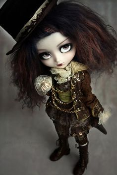 Steampunk pullip doll | this is the kind of fall my daughter will play with. | Goth style | BJD