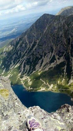 Czarny Staw Gąsienicowy Polish Mountains, Easy Jet, Cheap Flight Tickets, Phuket, Natural Wonders, Solo Travel, Trip Planning, Places To Travel, Poland