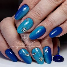VK is the largest European social network with more than 100 million active users. Glitter Gradient Nails, Fabulous Nails, Winter Nails, Christmas Nails, Eye Makeup, Manicure, Nail Designs, Nail Art, Color