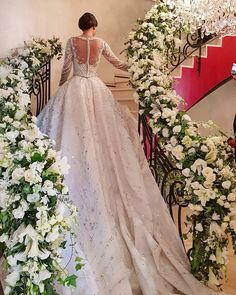 "LEBANESE WEDDINGS on Instagram: ""Stairway to heaven 🍃 all white with pops of greenery, what's your favorite color combination ?! __________________ ▪︎Wedding planner and…"" Designer Wedding Gowns, Wedding Dress Trends, Wedding Dresses, Bridal Skirts, Bridal Gowns, Lebanese Wedding, Types Of Gowns, Traditional Gowns, Bridal Cape"