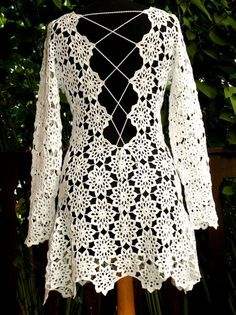 Captivating Crochet a Bodycon Dress Top Ideas. Dazzling Crochet a Bodycon Dress Top Ideas. Crochet Top Outfit, Black Crochet Dress, Crochet Blouse, Crochet Clothes, Knit Crochet, Lace Dress, Crochet Wedding Dresses, Crochet Bodycon Dresses, Crochet Summer Dresses