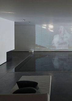 Luxury indoor pool, the Genets 3 House in Belgium by Aabe Indoor Pools, Backyard Pools, Pool Landscaping, Minimalist Interior, Minimalist Design, Modern Minimalist, Swimming Pool Designs, Swimming Pools, Lap Pools