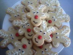 Cinnamon spice shortbread reindeer biscuits