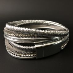 NEW: Metallic multi-strand bracelet (silver)