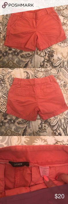 J. Crew coral short, size 4 J. Crew coral cargo shorts, size 4. Gently worn, good condition. J. Crew Shorts Jean Shorts