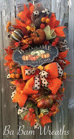 Fall Swag Autumn Swag Fall Wreath Autumn Wreath by BaBamWreaths - Herbst Thanksgiving Wreaths, Autumn Wreaths, Thanksgiving Decorations, Holiday Wreaths, Halloween Wreaths, Wreath Crafts, Wreath Ideas, Burlap Wreath, Fall Swags