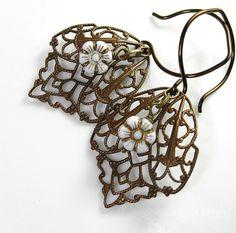 Such pretty earrings!