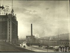 Old Photos: Downtown Kansas City Kansas City Union Station, Kansas City Map, Kansas City Missouri, Valley Park, Penn Valley, Urban Life, City Maps, City Buildings, City Streets