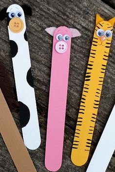 Easy and fun crafts for kids- File these # easy handicrafts for children. The little ones will love it! Fun Crafts For Kids, Summer Crafts, Preschool Crafts, Activities For Kids, Easy Halloween Crafts, Easy Crafts, Arts And Crafts, Paper Crafts, Bookmarks Kids