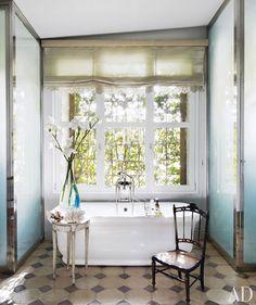 gorgeous bathroom floor