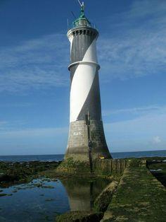 Loire-Atlantique : Phare Le Four (phare en mer)