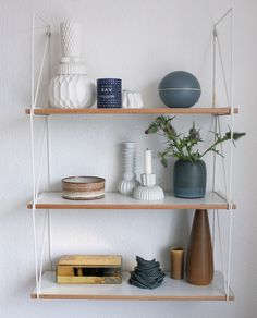 Billedresultat for hylder Family Bathroom, Floating Shelves, Ikea, Interior Design, Mirror, Antiques, Plays, House, Inspiration