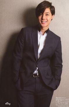 Kiss World Korea 세계 한국 키스: Kim Hyun Joong posa para la revista KPOP BOYS