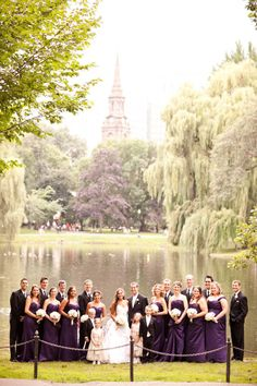 love the arrangement of the bridal party in this photo
