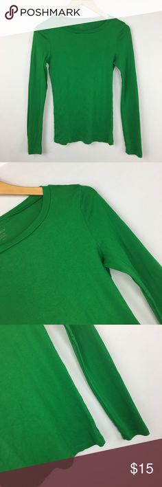 "J. Crew perfect fit crew neck long sleeve tee Excellent condition. Like new. Size small. Bust32"" length 25"" arm length from arm 20"". This is very stretchy. J. Crew Tops Tees - Long Sleeve"