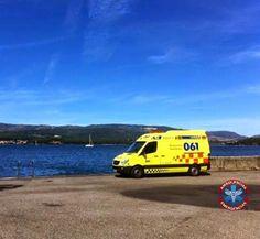 FOTOGRAFÍA CON TU UNIDAD O EQUIPO, DESDE GALICIA  Continuamos viendo imágenes que nos envió nuestro compañero @Ruben Iglesias Villar, desde Galicia.  Las fotos de hoy,...   http://ambulanciasyemerg.blogspot.com.es/2015/01/UNIDAD9.html