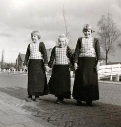 Bunschoten-Spakenburg, photo by G.A. van der Chijs, 1956. Nationaal Archief
