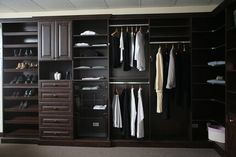 Closet moderno de madera. FABRICAMOS PARA TODO C.R -muebles.co.cr-