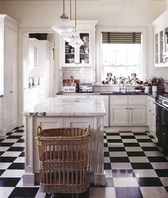 carrelage damier noir et blanc, carrelage en damier cuisine style campagne