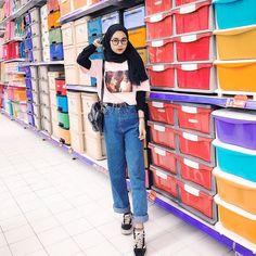 Modern Hijab Fashion, Street Hijab Fashion, Hijab Fashion Inspiration, Muslim Fashion, Aesthetic Fashion, Aesthetic Clothes, Korean Fashion, Casual Hijab Outfit, Hijab Chic