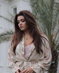 How i am looking in sade mode? Turkish Fashion, Turkish Beauty, Indian Beauty, Brunette Beauty, Brunette Girl, Beautiful Girl Image, Most Beautiful Women, Beautiful Celebrities, Beautiful Actresses