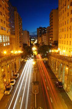 Rio Grande do Sul  --  Avenida Borges de Medeiros - Porto Alegre, Brasil