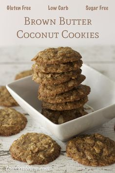 These low carb brown butter coconut cookies are loaded with dried coconut chips. The cookies are also packed with butter flavor and completely gluten free. Keto, LCHF, and Sugar Free Recipe Gluten Free Cookie Recipes, Sugar Free Desserts, Sugar Free Recipes, Gluten Free Cookies, Low Carb Recipes, Dessert Recipes, Keto Desserts, Keto Snacks, Dinner Recipes