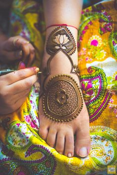 Mehendi Designs - Bridal Feet Mehendi Design | WedMeGood Intricate Mehendi Lotus Designs Photo Courtesy - Two Fireflies-One Camera #wedmegood #mehendi #designs