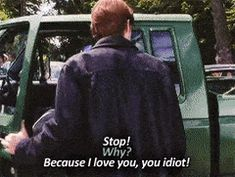 Gilmore Girls GIF dean and rory - The News Wheel Gilmore Girls Meme, Gilmore Girls Characters, Rory Gilmore, Team Logan, Glimore Girls, Romantic Movie Quotes, Cami Mendes, Inspiration For The Day, Crying Girl