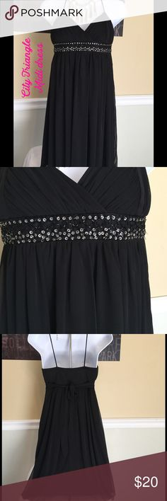 Formal black midi dress women's small excellent co This dress has only been worn once this dress is in excellent condition with no rips, tears, stains, or discoloration and comes from a smoke free home.  Would be excellent for holiday parties ect.... Only asking a small fraction for what I paid for it. City Triangles Dresses Midi