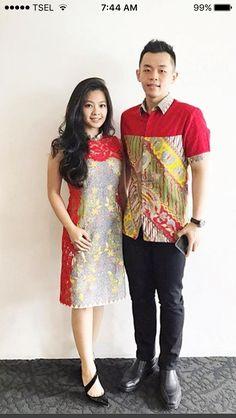 Fabulous Dresses, Trendy Dresses, Nice Dresses, Blouse Batik, Batik Dress, Diy Dress, Lace Dress, Dress Batik Kombinasi, Batik Couple