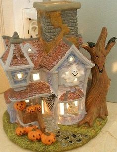 PartyLite Retired Halloween Pumpkin Ghostly Tealight House Candle Holder P7862