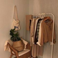 Four seasons anyone? Brown Aesthetic, Aesthetic Room Decor, Aesthetic Korea, Cream Aesthetic, Aesthetic Outfit, Aesthetic Vintage, Aesthetic Clothes, Room Ideas Bedroom, Bedroom Decor
