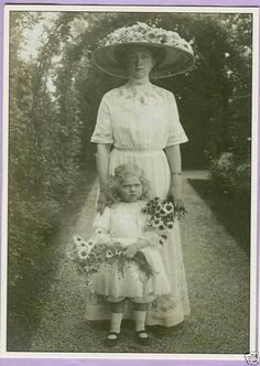 Victoria Adelheid of Saxe-Coburg-Gotha and her little daughter, Sybilla.