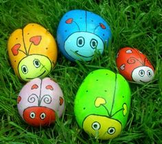 these happy monster rocks would brighten up any garden cute diy project to get dennis smiling. Black Bedroom Furniture Sets. Home Design Ideas