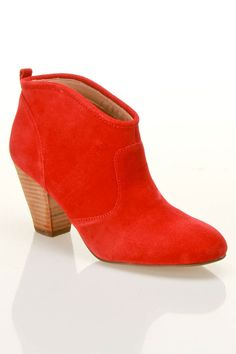 Red Booties / Report