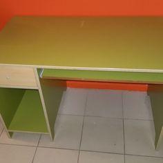 escriptori-de-fusta-verda-110x60x72 22€