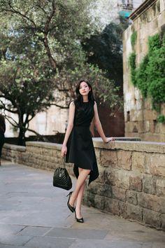 Korean Fashion Office, Ulzzang Fashion, Beautiful Asian Women, Aesthetic Clothes, Asian Woman, Asian Beauty, Cute Girls, Nice Dresses, Dress Up