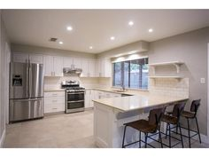 MLS# 8336830 – Gorgeous newly remodeled home in the Mesa Park neighborhood with open floor plan, wood look tile, vaulted ceiling, & gas fireplace in family room. Beautiful kitchen with stainless st...