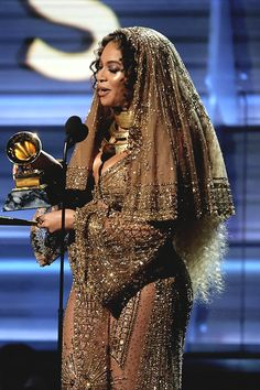 """"""" Beyoncé at the 59th Annual Grammy Awards """""""