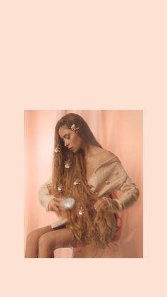 Camila Gallardo, Idol, Wallpapers, Portrait, Celebrities, Curly Girl, Long Hair, Wall Photos, Sweetie Belle